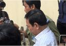 """Tin trong nước - Ông Nguyễn Hữu Linh đến tòa từ sớm và đi """"đường hầm"""" vào phòng xử kín"""