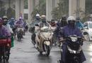 """Tin trong nước - Hà Nội đón mưa """"vàng"""", chỉ số chất lượng không khí AQI giảm tới mức khó tin"""