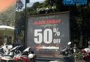 """Kinh doanh - Trưng biển giảm giá """"sốc"""" tới 70-80%, nhiều cửa hàng vẫn vắng như Chùa Bà Đanh trong ngày Black Friday"""