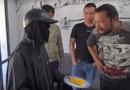 """Tin trong nước - Sự thật bất ngờ video """"giải mã gã ăn xin mặt đen"""" thu hút hơn 10 triệu view"""