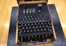Kinh doanh - Đấu giá thành công chiếc máy mật mã hàng hiếm của Đức Quốc xã