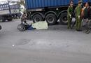 Tin trong nước - Ba ông cháu bị container tông trên đường về nhà, hai cháu nhỏ tử vong tại chỗ
