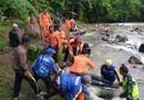 Tin thế giới - Tai nạn kinh hoàng: Xe buýt lao xuống vực sâu 80m, ít nhất 25 người chết