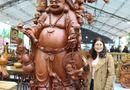 Kinh doanh - Mục sở thị bức tượng Phật Di Lặc Cửu tặc nặng 2 tấn làm bằng gỗ hương, giá 1 tỷ đồng