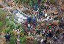 Tin trong nước - Lai Châu: Xe tải bất ngờ lao xuống suối cạn, 3 người tử vong thương tâm