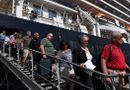 Tin thế giới - Hành khách trên du thuyền MS Westerdam vừa cập cảng Campuchia nhiễm Covid-19
