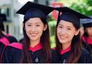 Giáo dục pháp luật - Cặp song sinh xinh đẹp như thiên thần cùng tốt nghiệp Harvard 3 năm trước giờ ra sao?