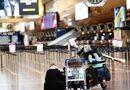 Tin thế giới - Nhiều sân bay trên khắp thế giới lún sâu trong cảnh tiêu điều vì đại dịch Covid-19