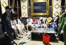 """Pháp luật - Treo biển """"tạm ngưng hoạt động"""" phòng Covid-19, quán karaoke vẫn cho 76 người vào """"bay lắc"""" mừng sinh nhật"""