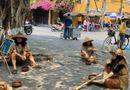 Tin trong nước - Truy tìm nhóm người giả ăn xin ở phố cổ Hội An quay video tung lên mạng