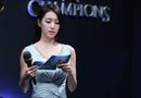 Giải trí - Vẻ ngoài đẹp tựa nữ thần cùng lý lịch quá khủng của vợ trẻ So Ji Sub