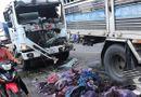 Tin trong nước - Xe tải gây tai nạn liên hoàn, 3 tài xế bị thương nặng