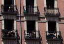 Tin thế giới - Trẻ em Tây Ban Nha lần đầu được ra khỏi nhà sau 6 tuần phong tỏa