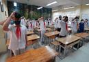 Giáo dục pháp luật - Cận cảnh tiết chào cờ độc đáo ngay trong lớp học của học sinh Hà Nội