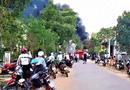 Tin trong nước - Đắk Lắk: Kho chứa hóa chất bị lửa thiêu rụi, cột khói cao cả chục mét