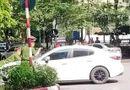 Tin trong nước - Vụ xe Mazda bỏ chạy hất chiến sĩ công an lên nắp capô: Hé lộ danh tính tài xế
