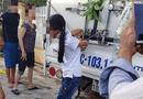 Tin trong nước - Vụ bé gái bị cột chân, trói tay vào thùng xe tải vì nghi trộm tiền: Người mẹ nói gì?