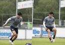 """Thể thao - Khoe cơ bắp """"đồ sộ"""", Đoàn Văn Hậu khiến các cầu thủ châu Âu lép vế"""