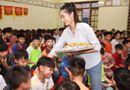 Việc tốt quanh ta - Lương Thuỳ Linh trở lại Cao Bằng khánh thành con đường xây ước mơ