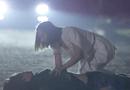 """Tin tức giải trí - Tình yêu và tham vọng tập 28: Tuệ Lâm bản lĩnh trước sát thủ nhưng lại về nhà """"khóc nhè"""" với bố khiến 1 người mất mạng"""