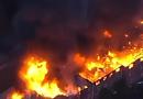 Video-Hot - Video: Chung cư 3 tầng ở Mỹ bốc cháy ngùn ngụt