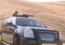 Video - Video: Tổng thống Turkmenistan trổ tài thiện xạ bằng minigun trên hoang mạc