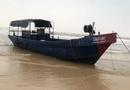 Tin trong nước - Hai chiếc tàu không người, in chữ Trung Quốc dạt vào bờ biển Quảng Trị