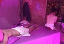 Tin trong nước - Bắt quả tang nữ nhân viên quán massage Suka không mặc áo, kích dục cho khách