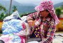 Việc tốt quanh ta - Trao 150 suất quà đến người dân gặp khó khăn do mưa lũ ở Huế