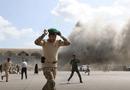 Tin thế giới - Tấn công vào sân bay ngay khi thủ tướng Yemen đáp xuống, ít nhất 22 người tử vong