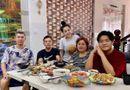 Tin tức giải trí - Ngân 98 diện áo in hình phản cảm khi chụp ảnh cùng gia đình khiến dân mạng phê bình tới tấp