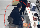 Tin thế giới - Thanh niên lái xe BMW vào siêu thị trộm đồ giấu vào túi Gucci khiến tất cả ngỡ ngàng