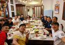 HLV Kiatisuk cùng dàn học trò Công Phượng, Xuân Trường ăn tất niên ở nhà bầu Đức
