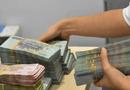 Kinh doanh - Tiền chảy ngược về Ngân hàng Nhà nước, lãi suất liên tục giảm