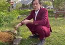 """Hoài Linh mặc vest làm vườn, đáp trả bất ngờ khi bị chê \""""không tôn trọng khán giả\"""""""
