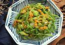 Ăn - Chơi - Hoa bí xào tỏi thơm ngon, giòn ngọt chỉ nhờ bí quyết đơn giản này