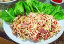 Thịt chua Đu đủ - Đặc sản không thể bỏ lỡ khi về với núi rừng Tân Sơn