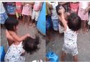"""Tin thế giới - Hai bà mẹ vào tù vì """"xúi giục"""" con gái 5 tuổi đánh nhau"""