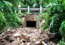 Tin trong nước - Trú mưa trong cống, hai vợ chồng bị lũ cuốn