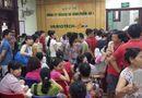 Tin trong nước - Chen lấn tiêm vắcxin 5 trong 1 cho trẻ, nhiều người phải về không