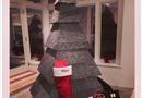 Chuyện làng sao - Cây thông Noel có một không hai của Rihanna