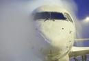 Công nghệ - Làm thế nào để vệ sinh một chiếc máy bay?