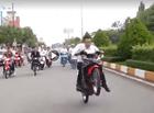 """Tin trong nước - Vụ """"bốc đầu"""" xe máy trong ngày cưới ở Bạc Liêu: Chú rể cùng nhiều người khác bị xử phạt"""