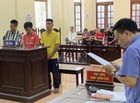 """Pháp luật - Nhóm thanh niên hành hung nữ nhân viên Vietjet Air """"chia nhau"""" 92 tháng tù"""