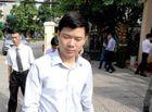 Pháp luật - Vụ chạy thận 9 người chết ở Hòa Bình: Bị cáo Hoàng Công Lương suy sụp vì bản án 30 tháng tù