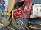 Tin trong nước - Xe tải tông sập cổng chào thành phố Mỹ Tho, thiệt hại hơn 1 tỉ đồng