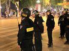 """Pháp luật - Hà Nội: Đi mua ma túy bất ngờ gặp CSCĐ, người đàn ông giấu """"hàng"""" vào chỗ không ngờ"""