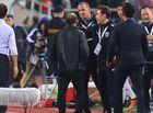 Thể thao - VFF kiến nghị lên AFC, trợ lý HLV Thái Lan giải thích về hành vi khiếm nhã với thầy Park