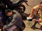 Tin trong nước - Nhậu say ngủ bên vỉa hè, người đàn ông bị 3 thanh niên lạ mặt lục tài sản, suýt mất 40 triệu đồng