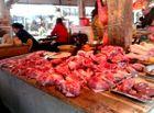 """Thị trường - Giá thịt lợn """"cán đích"""" 200 nghìn đồng/kg"""